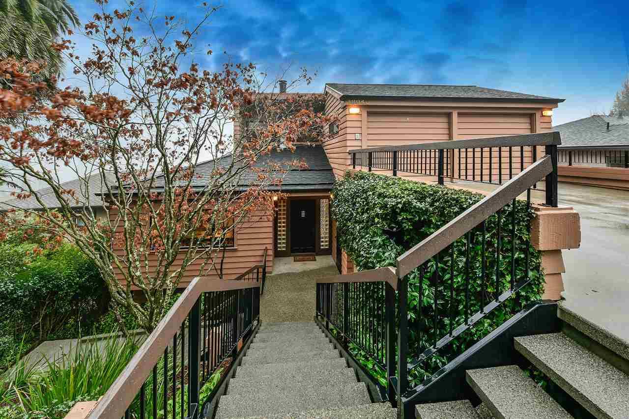 واحد منزل الأسرة للـ Sale في 18040 Broadway Ter 18040 Broadway Ter Oakland, California 94611 United States