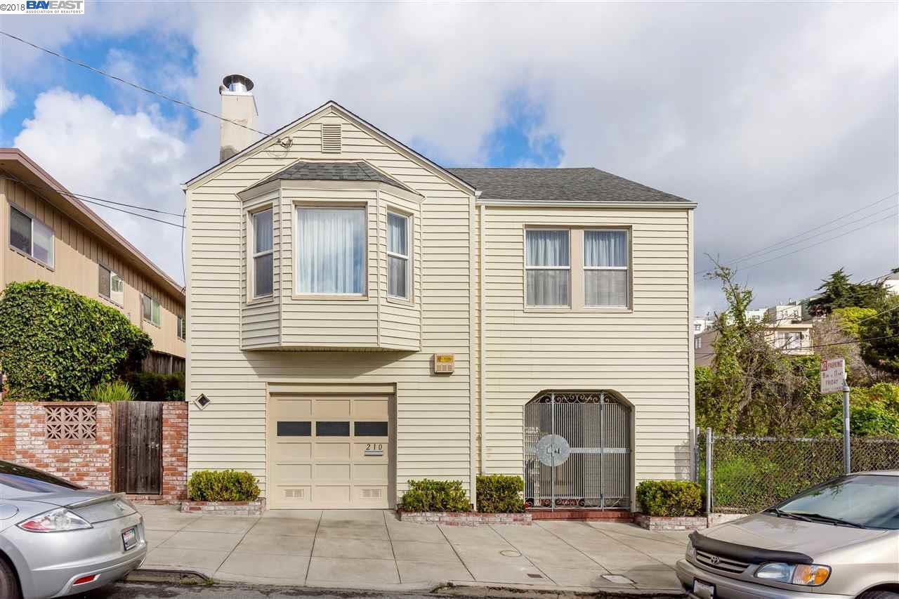Maison unifamiliale pour l Vente à 210 Teddy Avenue 210 Teddy Avenue San Francisco, Californie 94134 États-Unis