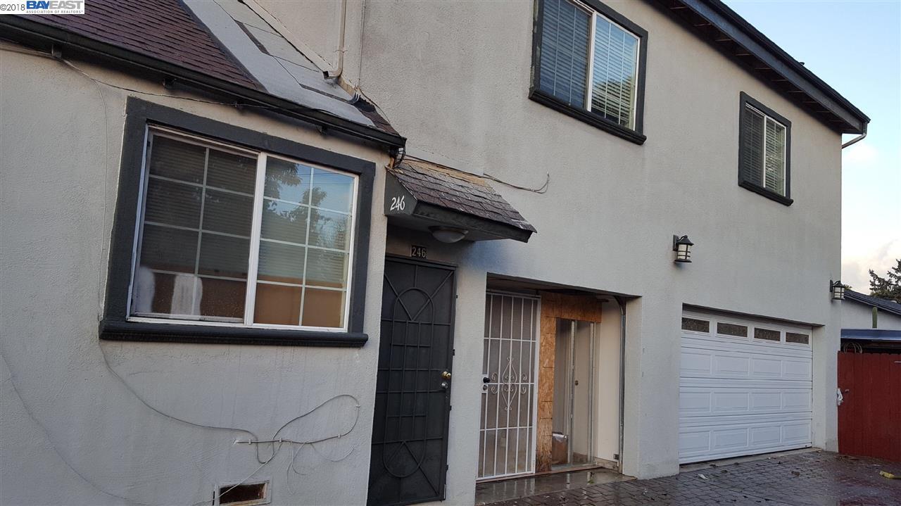 二世帯住宅 のために 売買 アット 246 Grove Way 246 Grove Way Hayward, カリフォルニア 94541 アメリカ合衆国