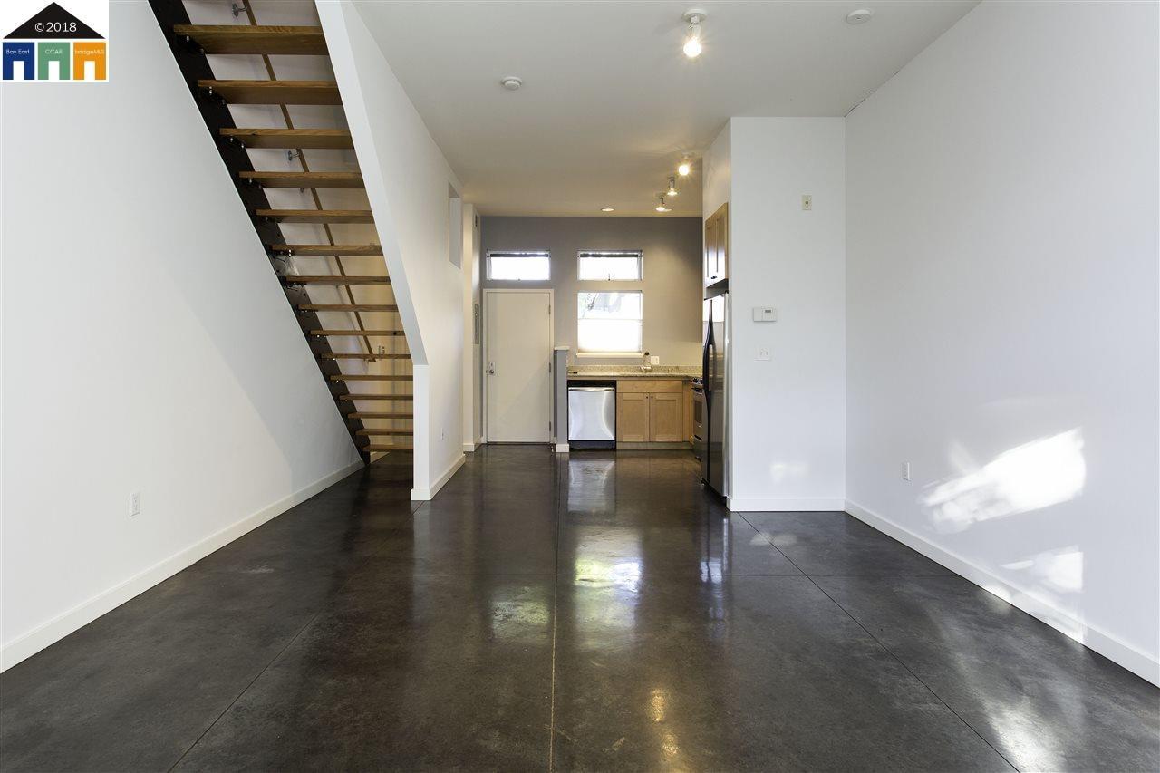 شقة بعمارة للـ Rent في 1228 32nd Street 1228 32nd Street Oakland, California 94608 United States