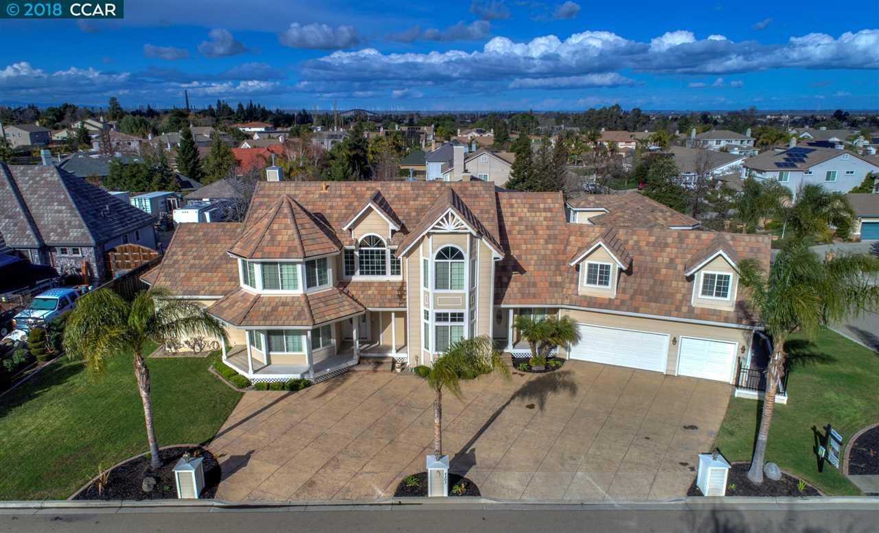 獨棟家庭住宅 為 出售 在 4303 Silverado Drive 4303 Silverado Drive Oakley, 加利福尼亞州 94561 美國