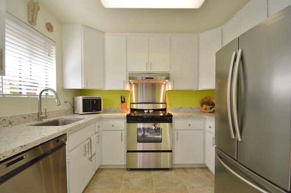 Частный односемейный дом для того Продажа на 4280 Adeline Street 4280 Adeline Street Emeryville, Калифорния 94608 Соединенные Штаты