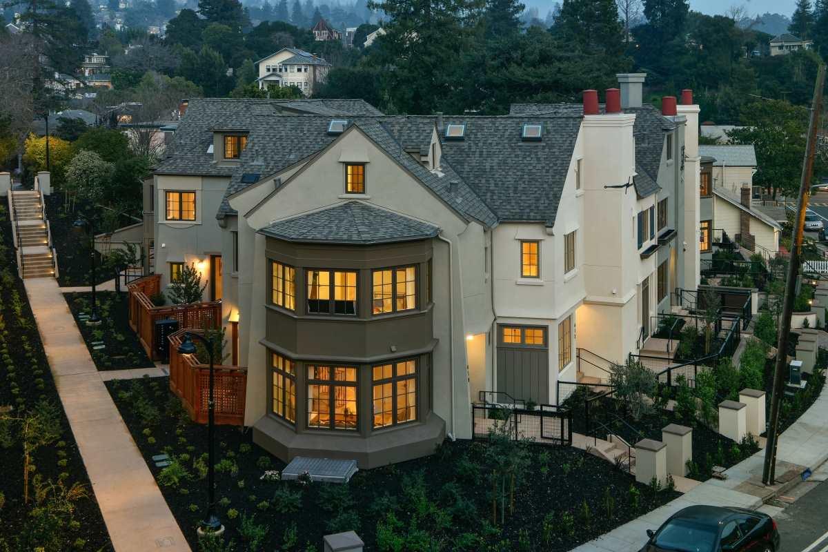 Appartement en copropriété pour l Vente à 410 Linda Avenue 410 Linda Avenue Piedmont, Californie 94611 États-Unis