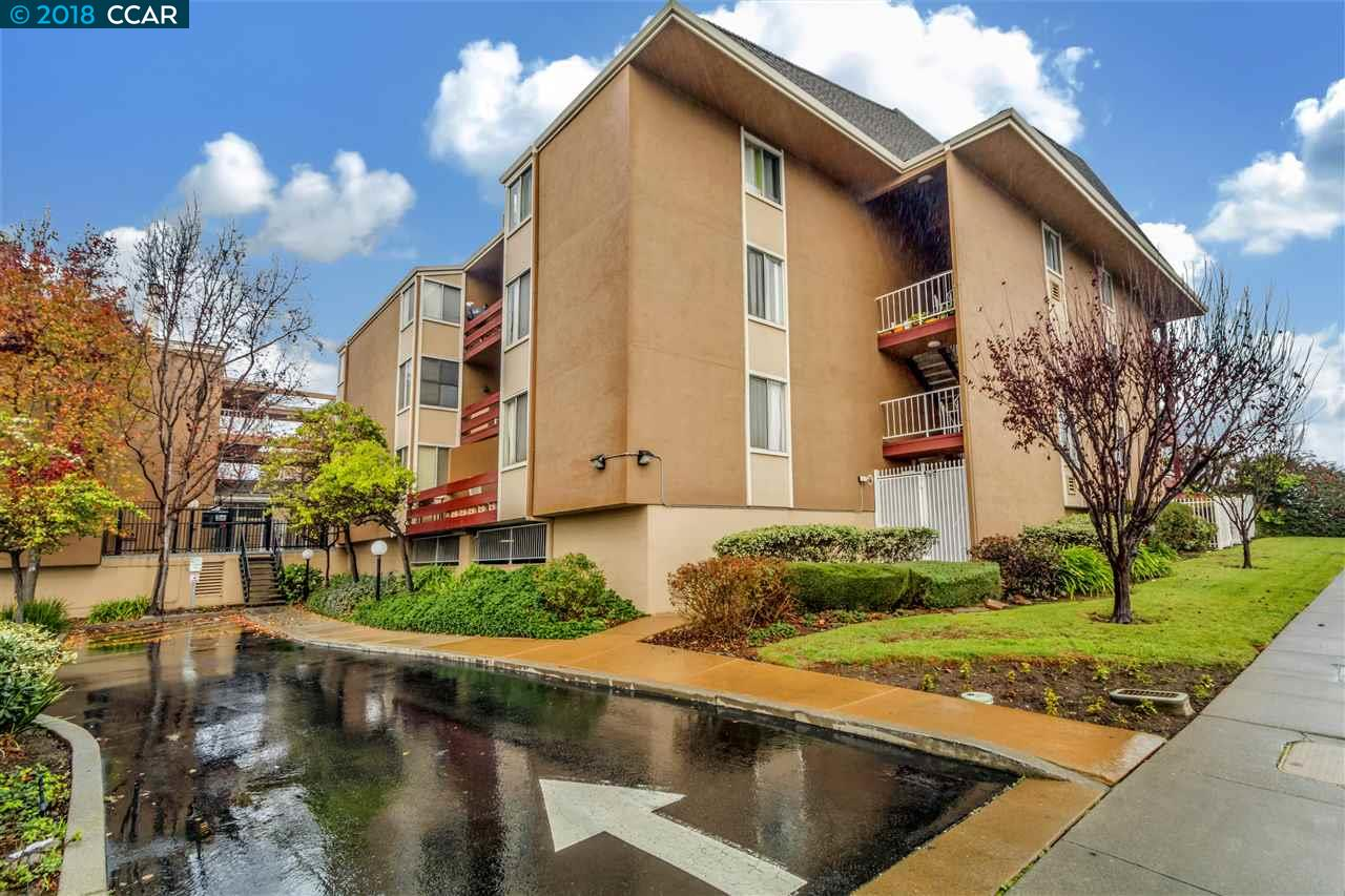 شقة بعمارة للـ Sale في 2121 Vale Road 2121 Vale Road San Pablo, California 94806 United States