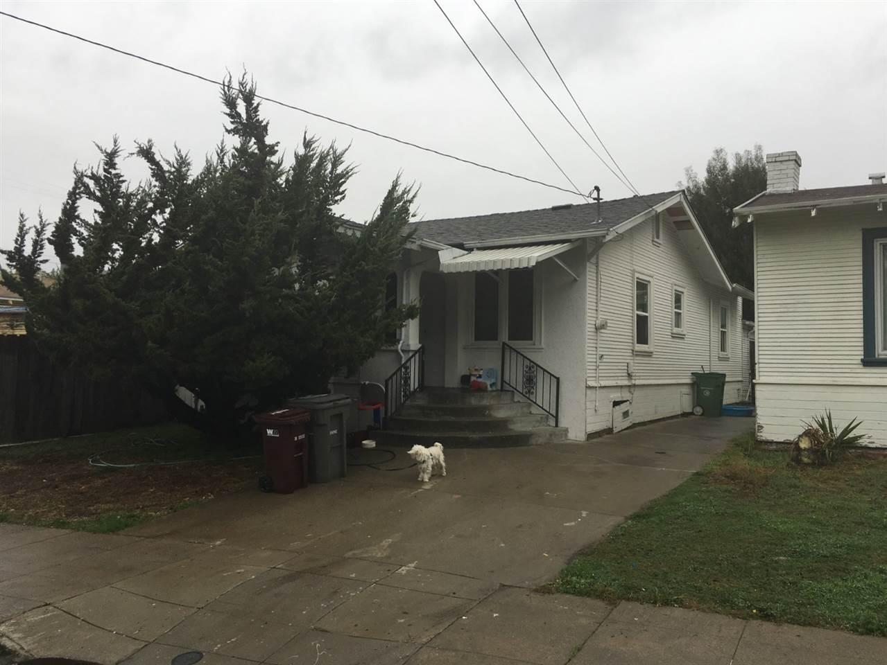Single Family Home for Sale at 8366 Iris Street 8366 Iris Street Oakland, California 94605 United States