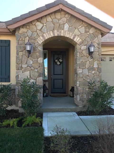 Частный односемейный дом для того Аренда на 8008 Westport Circle 8008 Westport Circle Discovery Bay, Калифорния 94505 Соединенные Штаты