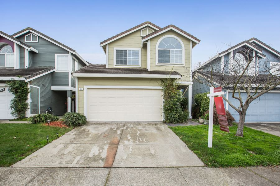 Casa Unifamiliar por un Venta en 531 Dohrmann Lane 531 Dohrmann Lane Pinole, California 94564 Estados Unidos