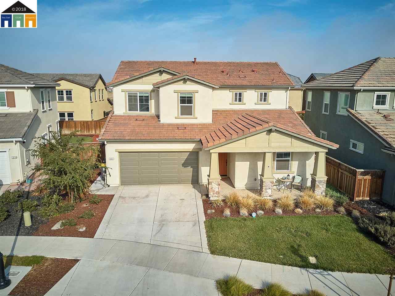 Casa Unifamiliar por un Venta en 1301 Darrow Drive 1301 Darrow Drive Lathrop, California 95330 Estados Unidos