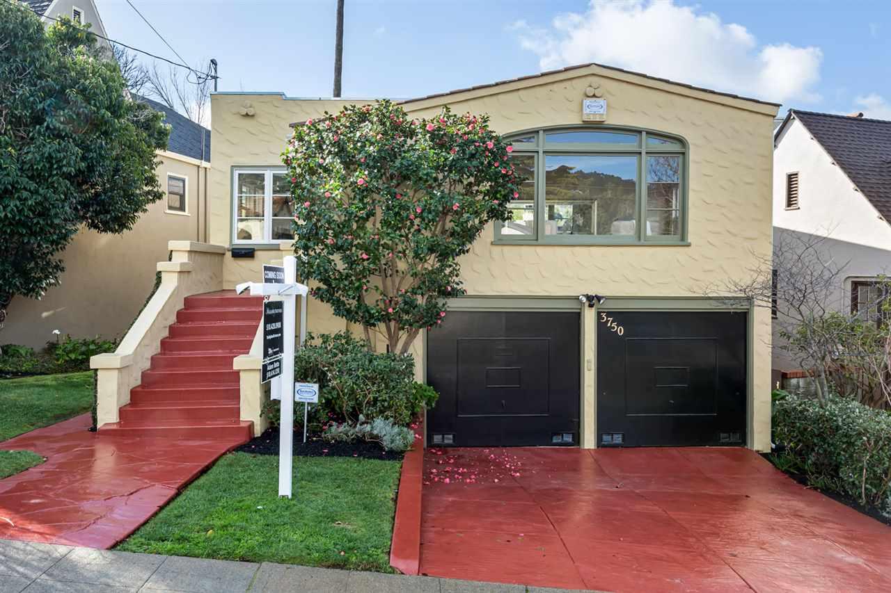 Einfamilienhaus für Verkauf beim 3750 Atlas Avenue 3750 Atlas Avenue Oakland, Kalifornien 94619 Vereinigte Staaten