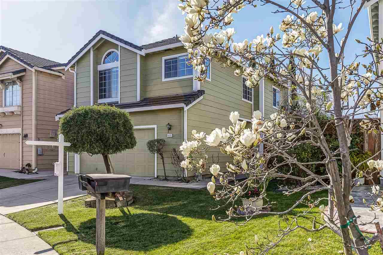Частный односемейный дом для того Продажа на 4410 Calypso 4410 Calypso Fremont, Калифорния 94555 Соединенные Штаты