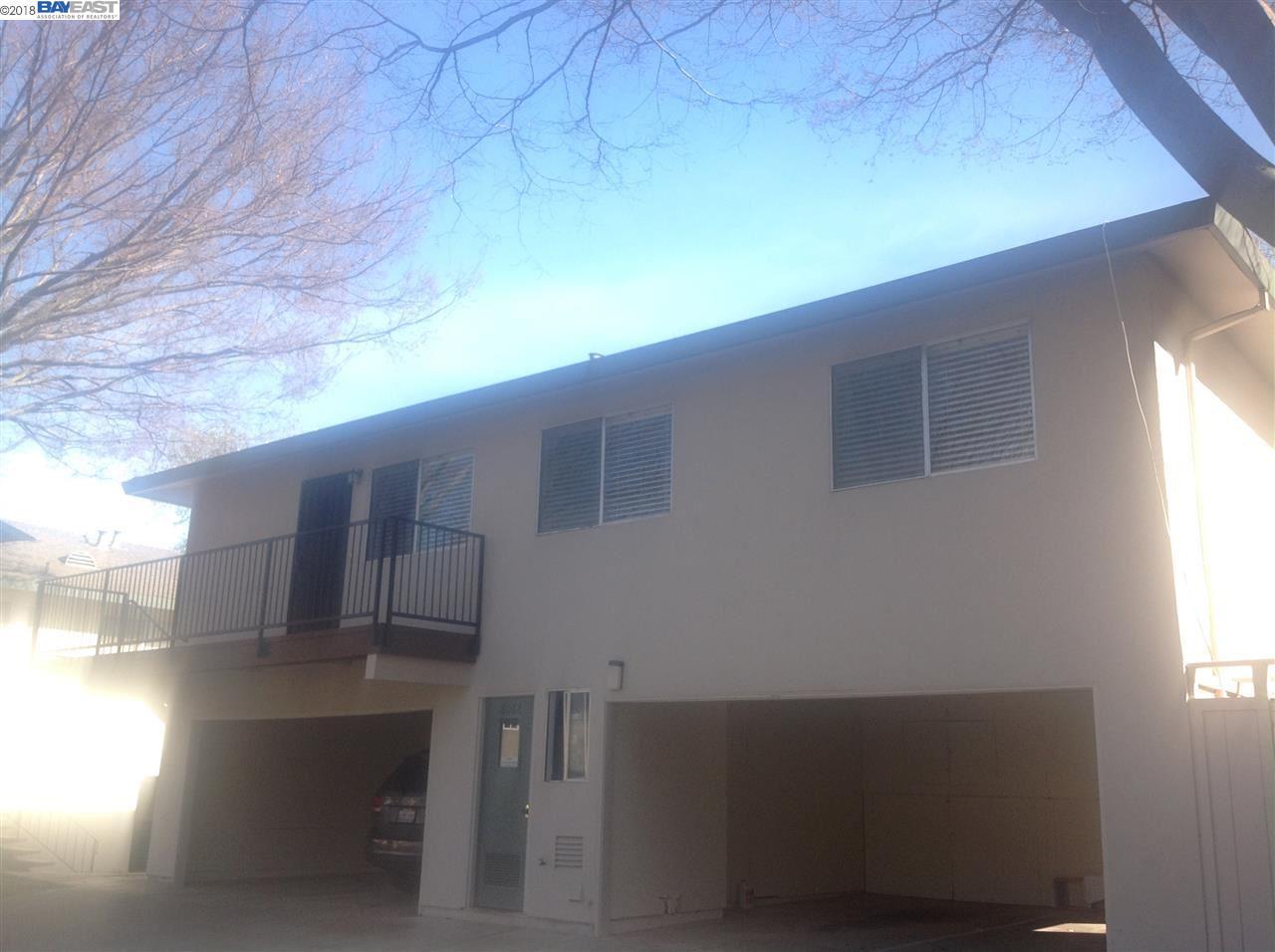 Casa unifamiliar adosada (Townhouse) por un Alquiler en 8086 ENSENADA Drive 8086 ENSENADA Drive Pleasanton, California 94588 Estados Unidos