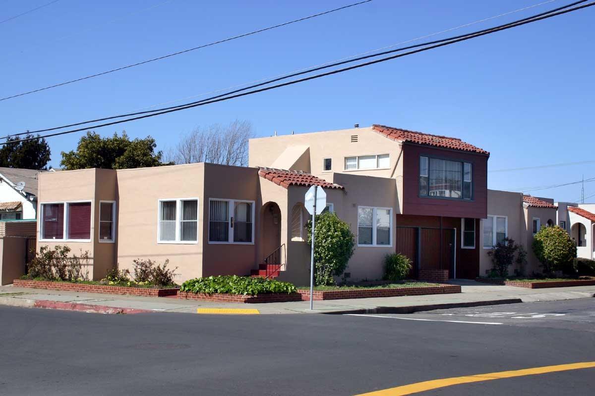 Casa Multifamiliar por un Venta en 801 24th Street 801 24th Street Richmond, California 94804 Estados Unidos