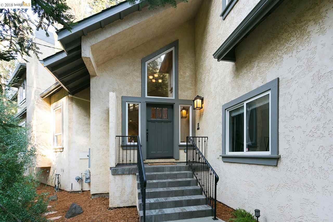 واحد منزل الأسرة للـ Sale في 6545 Shepherd Canyon Road 6545 Shepherd Canyon Road Oakland, California 94611 United States