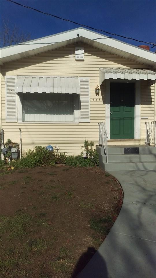 Частный односемейный дом для того Продажа на 1857 66Th Avenue 1857 66Th Avenue Oakland, Калифорния 94621 Соединенные Штаты