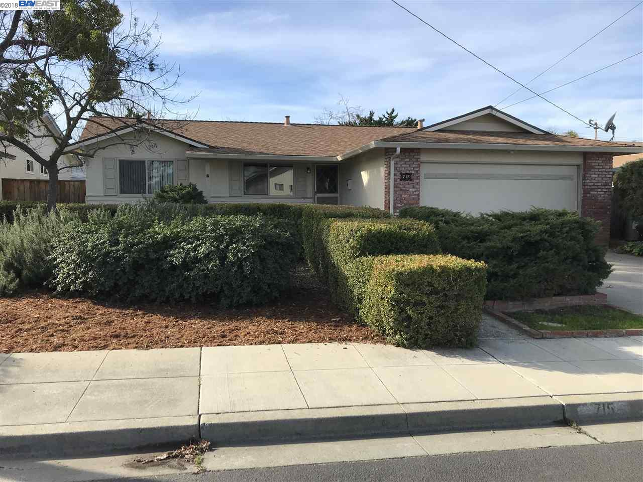 Maison unifamiliale pour l à louer à 715 Caliente Avenue 715 Caliente Avenue Livermore, Californie 94550 États-Unis