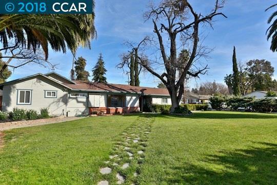 Многосемейный дом для того Продажа на 1132 Victory Lane 1132 Victory Lane Concord, Калифорния 94520 Соединенные Штаты