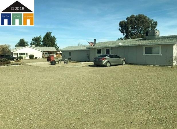 Single Family Home for Sale at 3900 W Kenner Road 3900 W Kenner Road Tracy, California 95304 United States