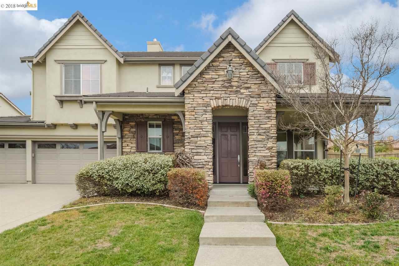 獨棟家庭住宅 為 出售 在 4676 Cattalo Way 4676 Cattalo Way Roseville, 加利福尼亞州 95747 美國