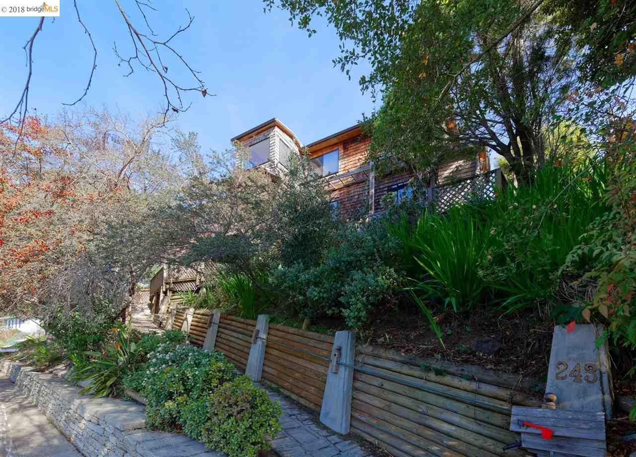 一戸建て のために 売買 アット 243 Arlington Avenue 243 Arlington Avenue Kensington, カリフォルニア 94707 アメリカ合衆国