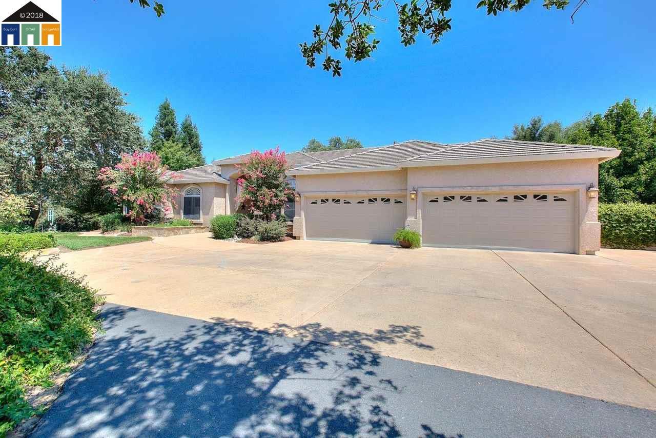 Einfamilienhaus für Verkauf beim 10620 Gibbs Drive 10620 Gibbs Drive Oakdale, Kalifornien 95361 Vereinigte Staaten