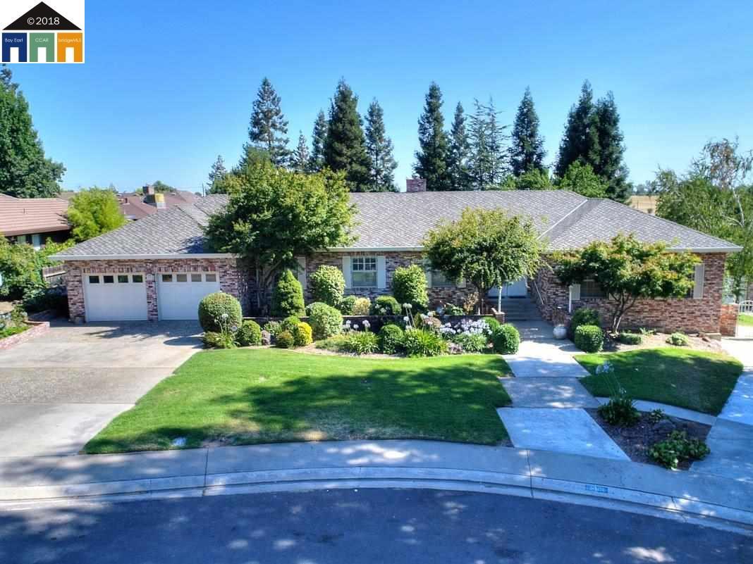 Einfamilienhaus für Verkauf beim 10000 Tepopa Drive 10000 Tepopa Drive Oakdale, Kalifornien 95361 Vereinigte Staaten