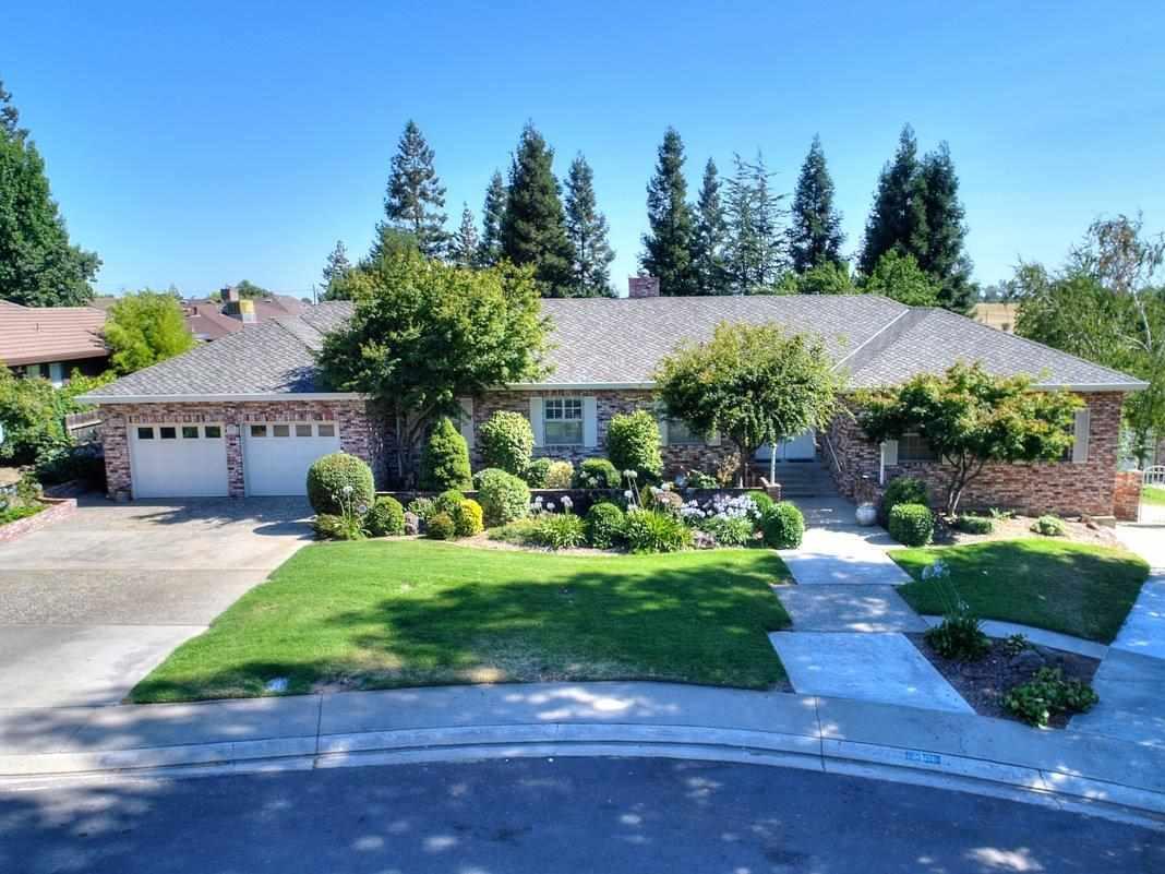 Частный односемейный дом для того Продажа на 10000 Tepopa Drive 10000 Tepopa Drive Oakdale, Калифорния 95361 Соединенные Штаты