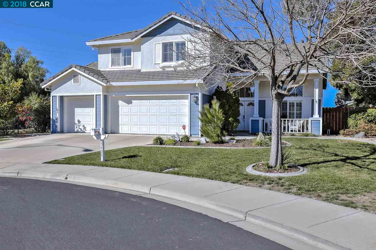 واحد منزل الأسرة للـ Sale في 5402 Arrowhead Court 5402 Arrowhead Court Livermore, California 94551 United States