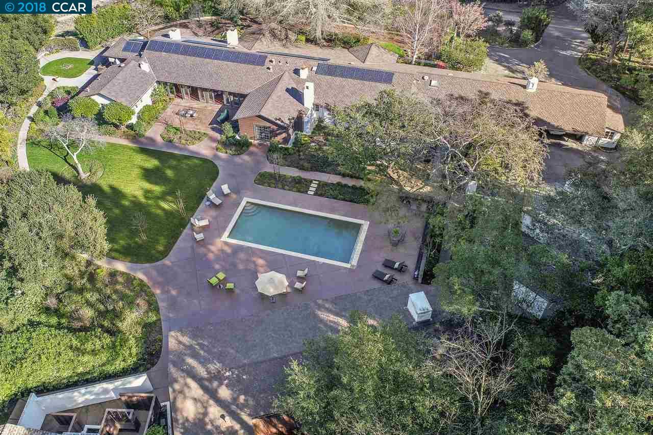 Maison unifamiliale pour l Vente à 28 Crest Road 28 Crest Road Lafayette, Californie 94549 États-Unis