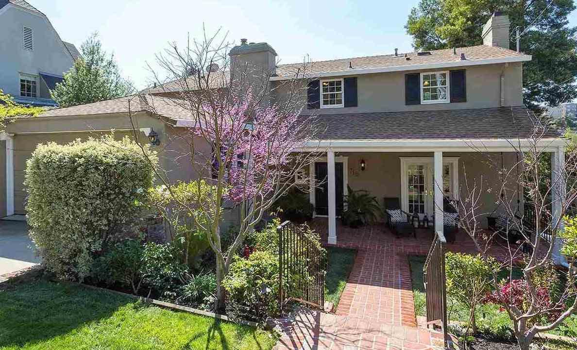 獨棟家庭住宅 為 出租 在 715 Rosemount Road 715 Rosemount Road Oakland, 加利福尼亞州 94610 美國