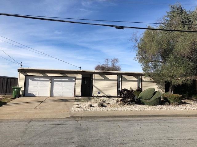 Single Family Home for Sale at 5644 Greenridge Road 5644 Greenridge Road Castro Valley, California 94552 United States