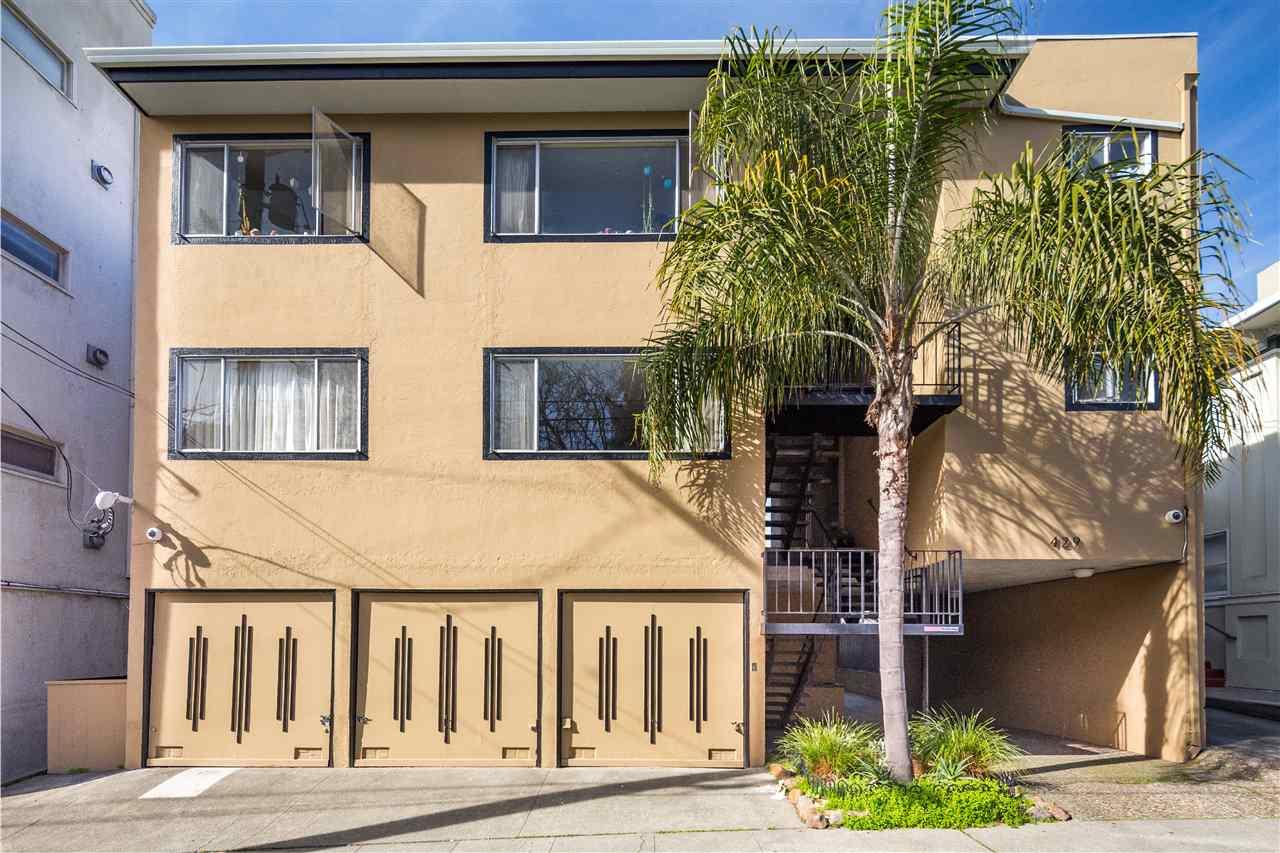 Casa Multifamiliar por un Venta en 429 Bellevue Avenue 429 Bellevue Avenue Oakland, California 94610 Estados Unidos