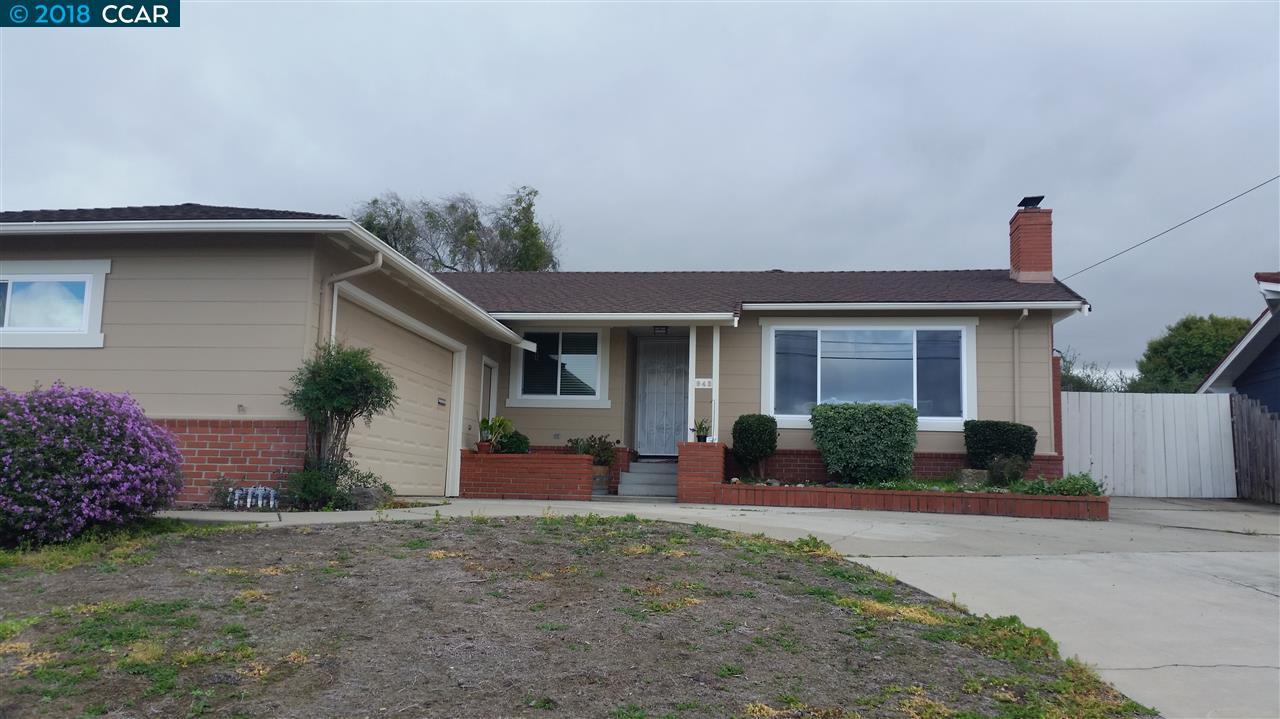 Casa Unifamiliar por un Venta en 943 Elm Drive 943 Elm Drive Rodeo, California 94572 Estados Unidos