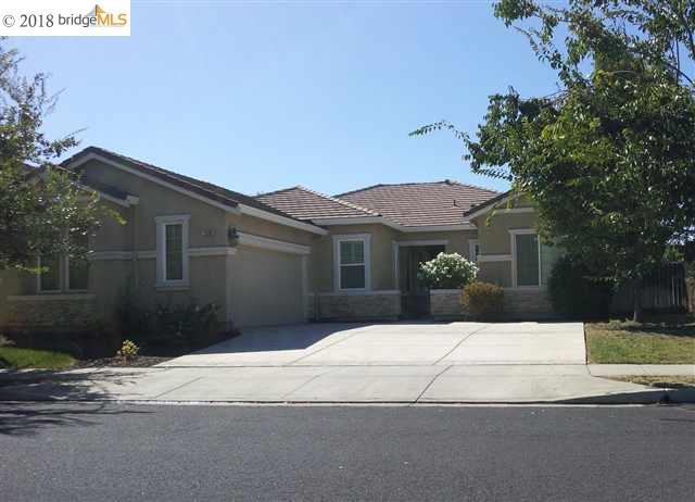 Частный односемейный дом для того Аренда на 1209 JASMINE Court 1209 JASMINE Court Brentwood, Калифорния 94513 Соединенные Штаты
