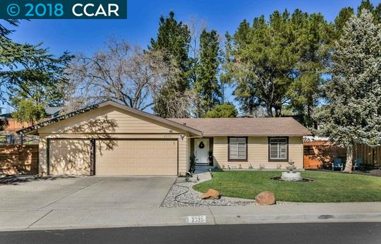Single Family Home for Sale at 2533 Dapplegray Lane 2533 Dapplegray Lane Walnut Creek, California 94596 United States