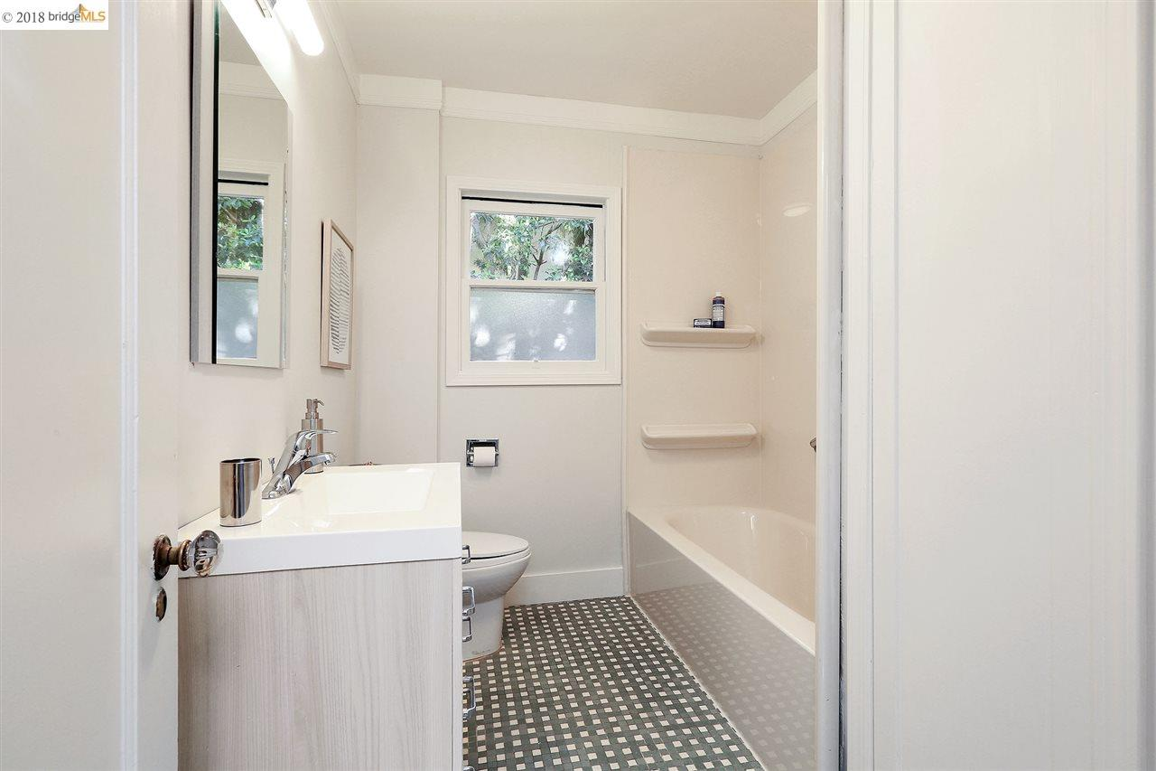 Additional photo for property listing at 963 Tulare Avenue 963 Tulare Avenue Berkeley, カリフォルニア 94707 アメリカ合衆国