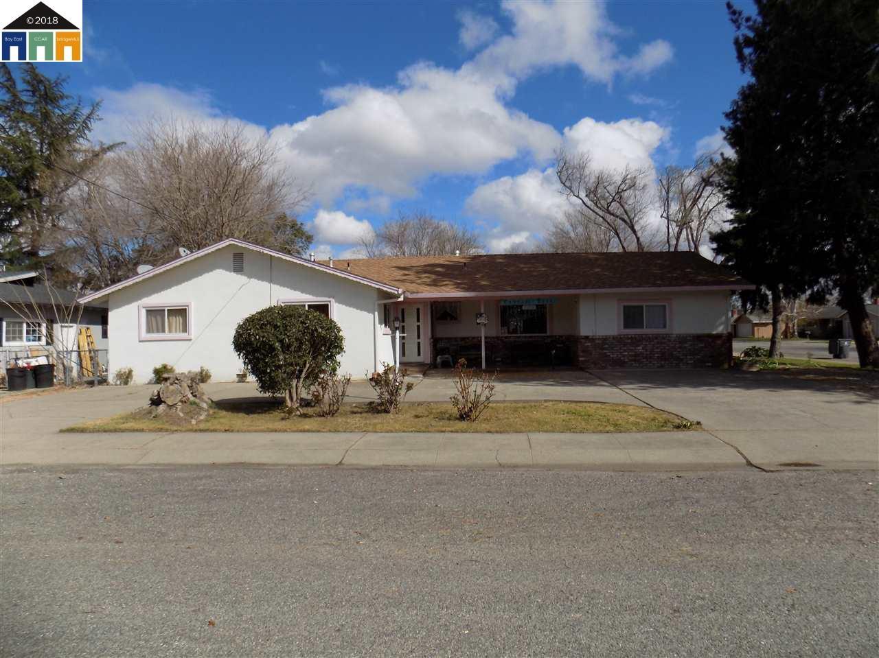 商用 為 出售 在 130 Gurnsey Avenue 130 Gurnsey Avenue Red Bluff, 加利福尼亞州 96080 美國