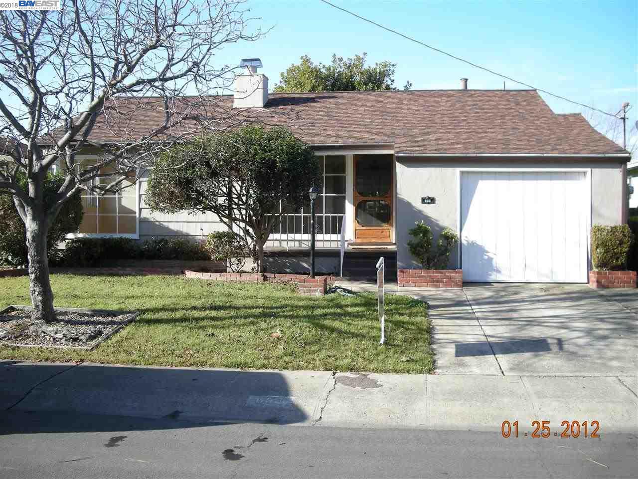 Single Family Home for Rent at 633 VIA ALAMO 633 VIA ALAMO San Lorenzo, California 94580 United States