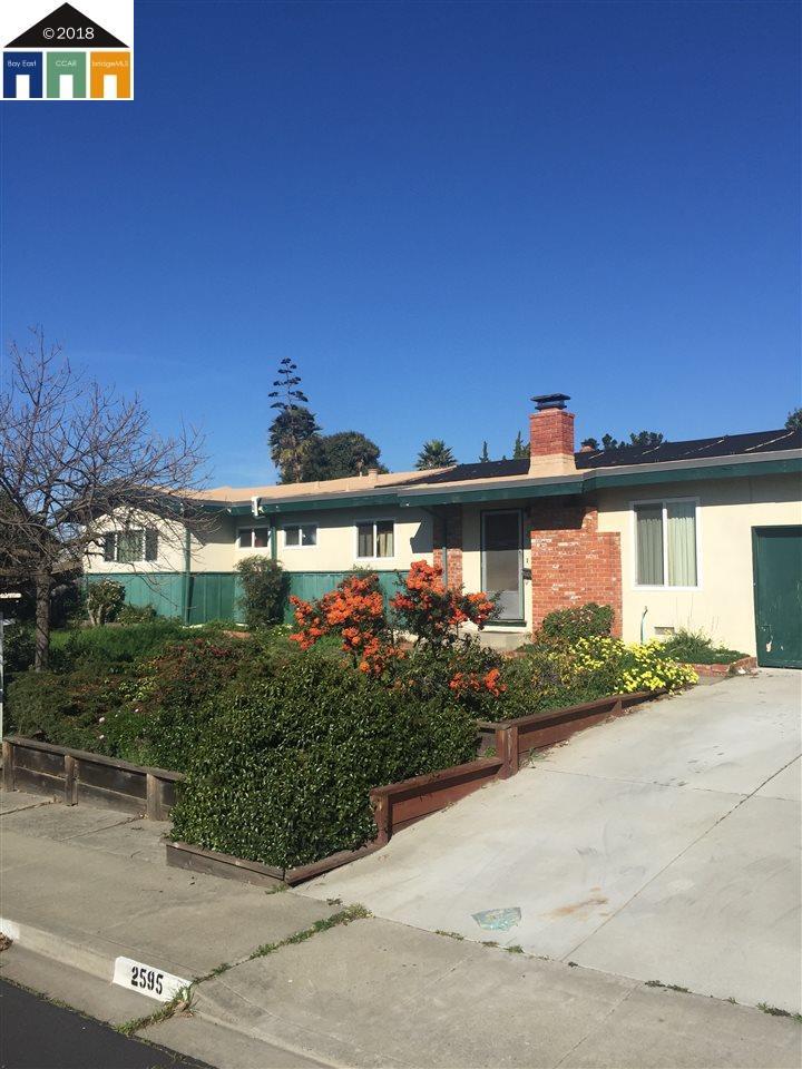 Casa Unifamiliar por un Venta en 2595 Emma Drive 2595 Emma Drive Pinole, California 94564 Estados Unidos