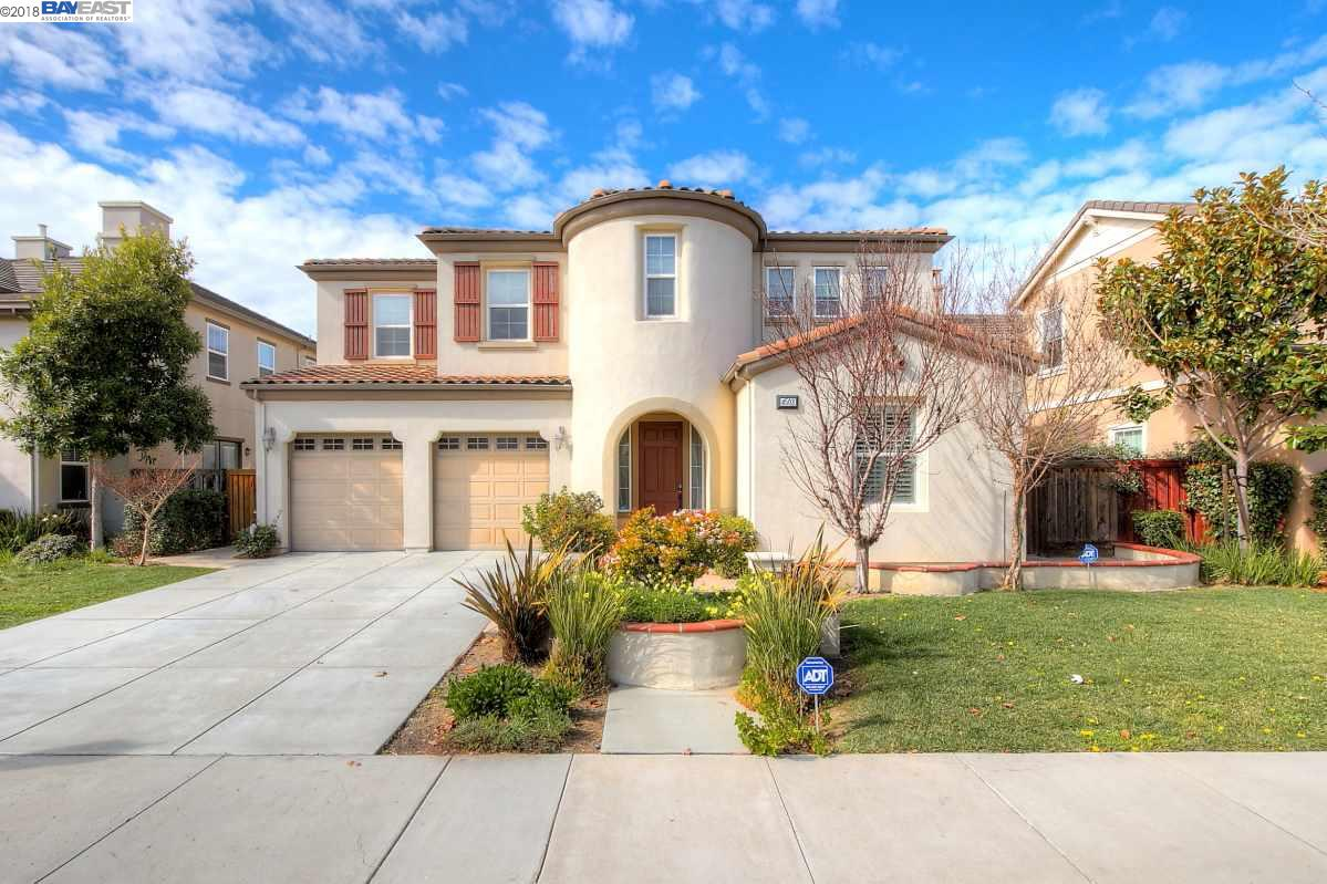 Single Family Home for Sale at 4503 Martin Street 4503 Martin Street Union City, California 94587 United States