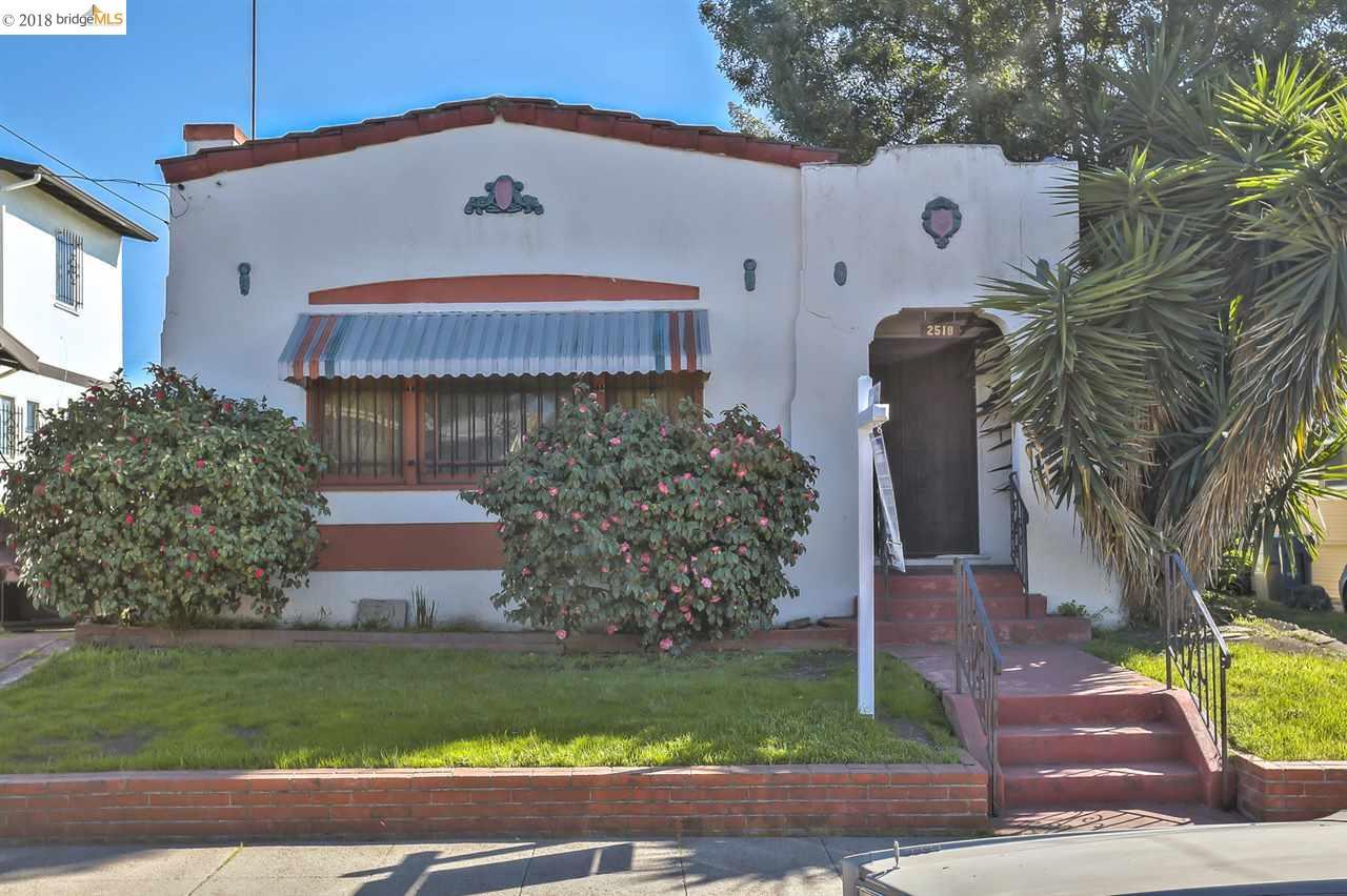 Частный односемейный дом для того Продажа на 2518 64th Aveue 2518 64th Aveue Oakland, Калифорния 94605 Соединенные Штаты