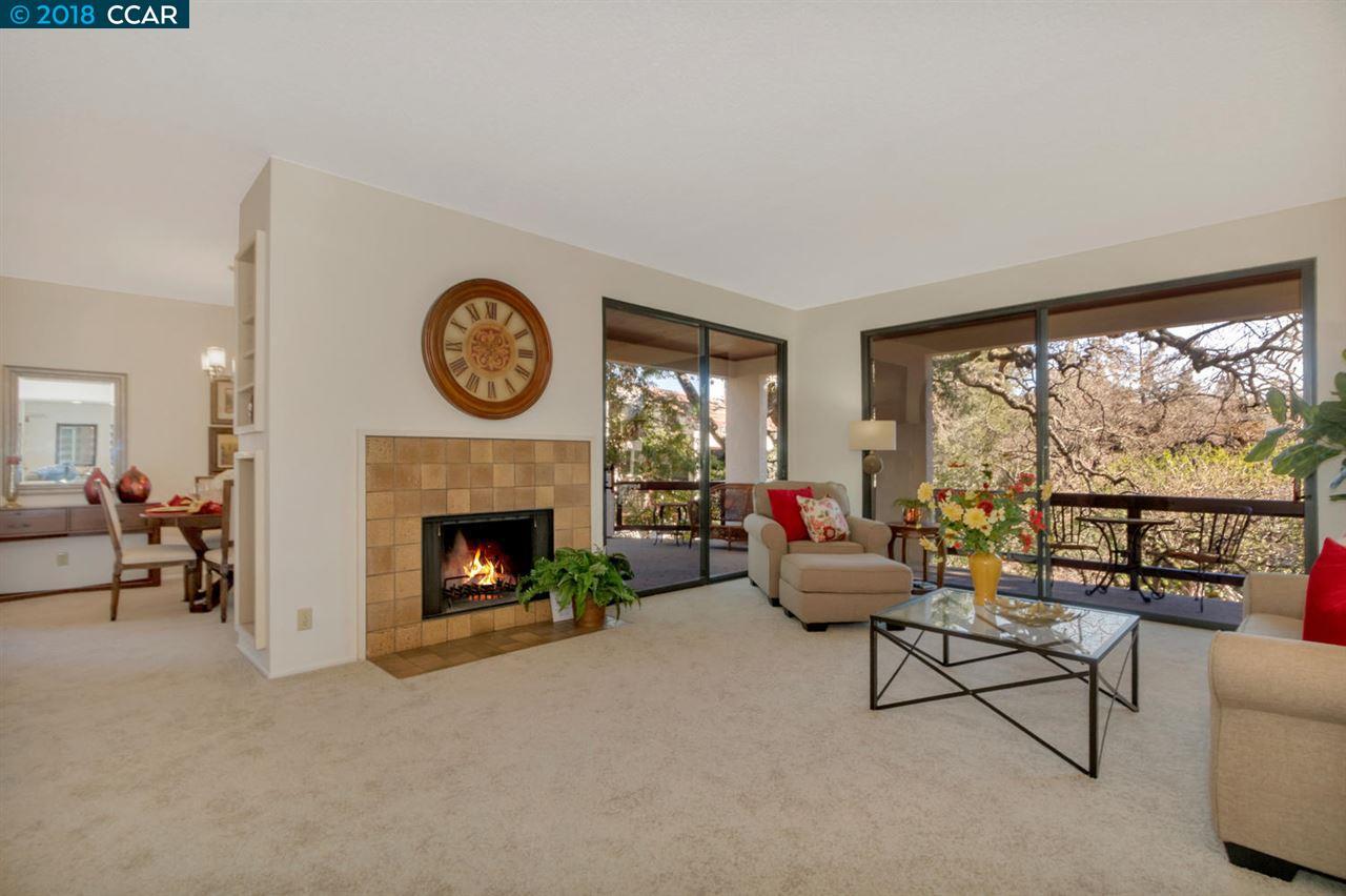 Кондоминиум для того Продажа на 3838 Terra Granada Drive 3838 Terra Granada Drive Walnut Creek, Калифорния 94595 Соединенные Штаты