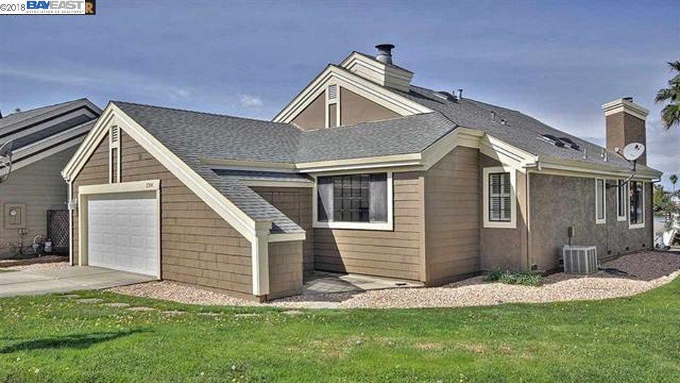 Casa Unifamiliar por un Alquiler en 2306 Cove Court 2306 Cove Court Discovery Bay, California 94505 Estados Unidos