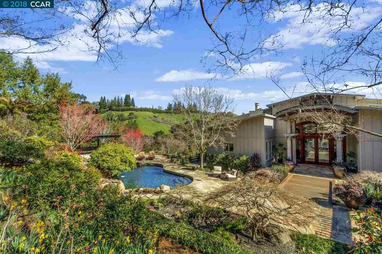 واحد منزل الأسرة للـ Sale في 119 Melody Lane 119 Melody Lane Orinda, California 94563 United States