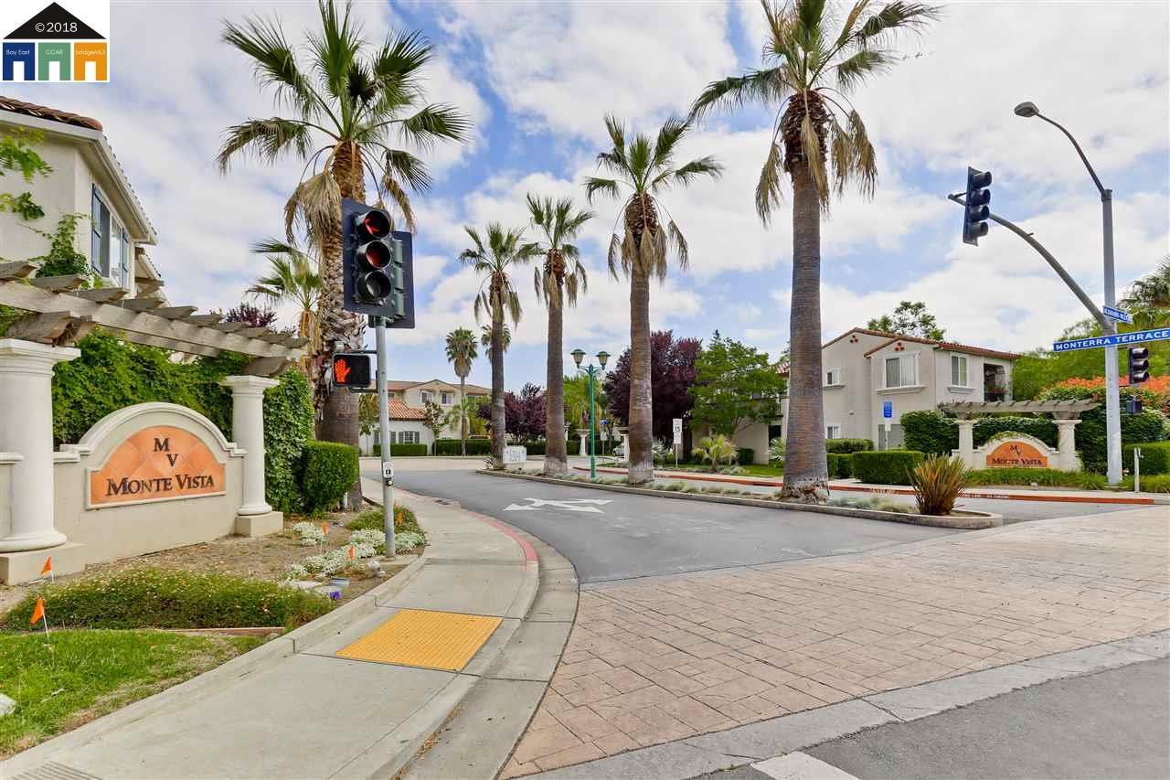 Condominio por un Alquiler en 35560 Monterra 35560 Monterra Fremont, California 94587 Estados Unidos