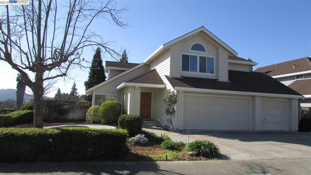 واحد منزل الأسرة للـ Sale في 2724 Goularte Drive 2724 Goularte Drive Pinole, California 94564 United States