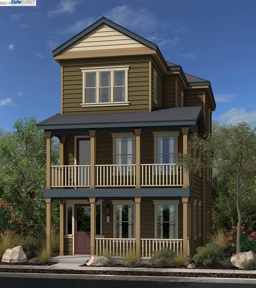 Casa Unifamiliar por un Venta en 1908 Shasta Lane 1908 Shasta Lane Hercules, California 94547 Estados Unidos