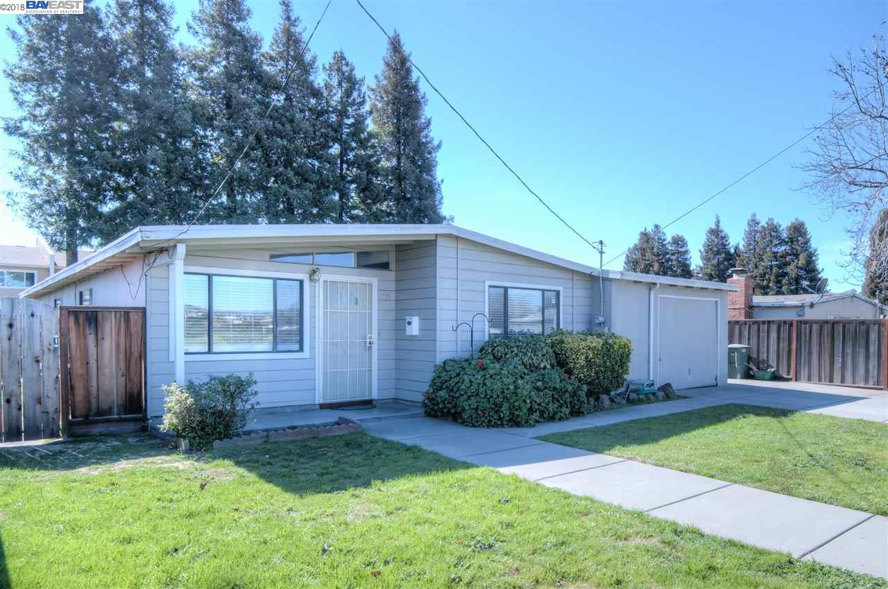 Single Family Home for Sale at 769 Galway Drive 769 Galway Drive San Lorenzo, California 94580 United States