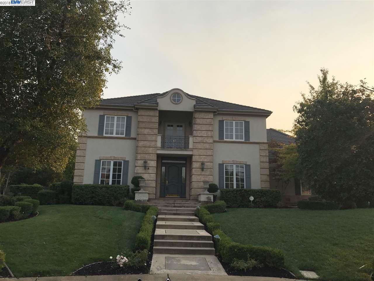 Casa Unifamiliar por un Alquiler en 3557 Mercato Court 3557 Mercato Court Pleasanton, California 94566 Estados Unidos