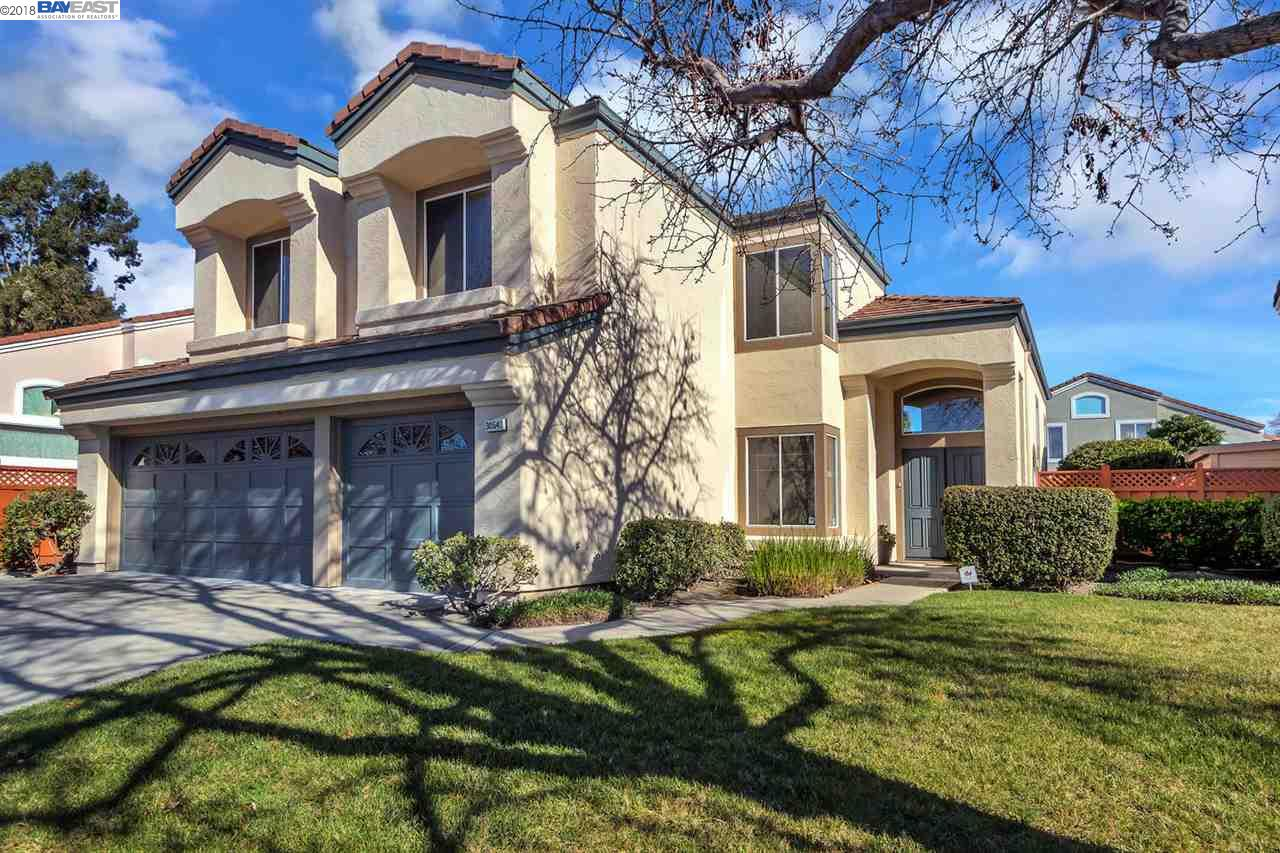 Single Family Home for Sale at 30540 Mallorca Way 30540 Mallorca Way Union City, California 94587 United States