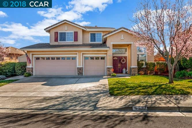 Single Family Home for Sale at 447 Thomas Drive 447 Thomas Drive Benicia, California 94510 United States